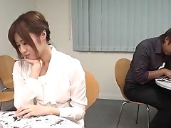 Yumi Maeda starts having sex being done with their way colleagues