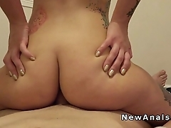 Sexy girlfriend does anal in aloof gym