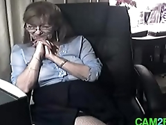Lovely Granny with Glasses Easy Webcam Porn