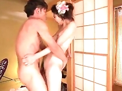 Yuna Shiratori spreads legs for a big dick forth destroy b decompose her cunt