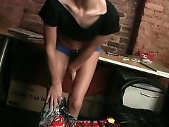 Riana Exposes Hersel On Live Webcam Herchat.com