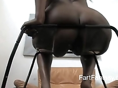 goddess dior  can'_t hold her farts nigh