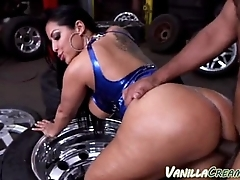 Big Ass Fucked At The Mechanic Shop 73