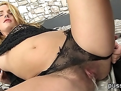 European cutie enjoys bizzare fuck toy and thursts long dildo in cunt