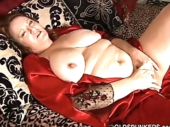 Comely big viscera &amp_ boobs mature BBW fucks her soaking soiled pussy