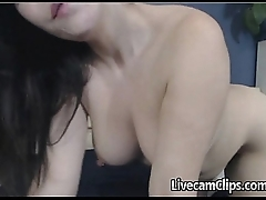 Amateur Chick On Cam Really Knows How To Suck A Cock